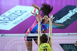 09-12-2017 ITA: Igor Gorgonzola Novara - Imoco Volley Conegliano, Novara<br /> Celeste Plak #4 of Novara<br /> <br /> *** Netherlands use only ***