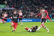 EINDHOVEN, PSV - Excelsior, voetbal, Eredivisie, seizoen 2016-2017, 14-01-2017, Philips Stadion, PSV speler Marco van Ginkel (R) scoort de 1-0, Excelsior speler Jurgen Mattheij (2L).