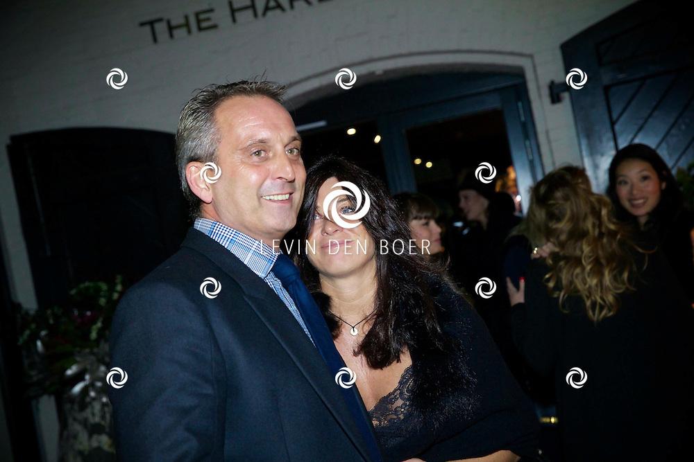 AMSTERDAM - In the Harbour Club hield JFK Magazine weer de jaarlijkse JFK Greatest Man Award. Met hier op de foto  Amanda Beekman en partner Harrie Kolen. FOTO LEVIN DEN BOER - PERSFOTO.NU