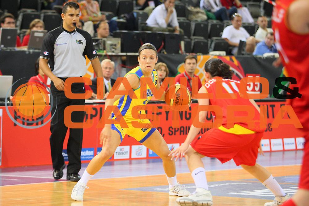 DESCRIZIONE : Madrid 2008 Fiba Olympic Qualifying Tournament For Women Brazil Spain <br /> GIOCATORE : Natalia Mares Burian <br /> SQUADRA : Brazil Brasile <br /> EVENTO : 2008 Fiba Olympic Qualifying Tournament For Women <br /> GARA : Brazil Spain Brasile Spagna <br /> DATA : 11/06/2008 <br /> CATEGORIA : Palleggio <br /> SPORT : Pallacanestro <br /> AUTORE : Agenzia Ciamillo-Castoria/S.Silvestri <br /> Galleria : 2008 Fiba Olympic Qualifying Tournament For Women <br /> Fotonotizia : Madrid 2008 Fiba Olympic Qualifying Tournament For Women Brazil Spain <br /> Predefinita :