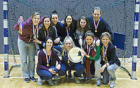 ROTTERDAM -  Laren D2 kampioen en krijgt de prijs van Louis Coster tijdens het Landskampioenschap reserveteam zaal 2013. FOTO KOEN SUYK