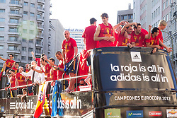 02.07.2012, Madrid, ESP, UEFA EURO 2012, Spanien feiert, im Bild Tour of Madrid of the Spanish football team to celebrate their victory in Euro 2012. // after the UEFA Euro 2012 Final Match between Spain and Italy, Madrid, Spain on 2012/07/02. EXPA Pictures © 2012, PhotoCredit: EXPA/ Alterphotos/ Marta Gonzalez..***** ATTENTION - OUT OF ESP and SUI *****