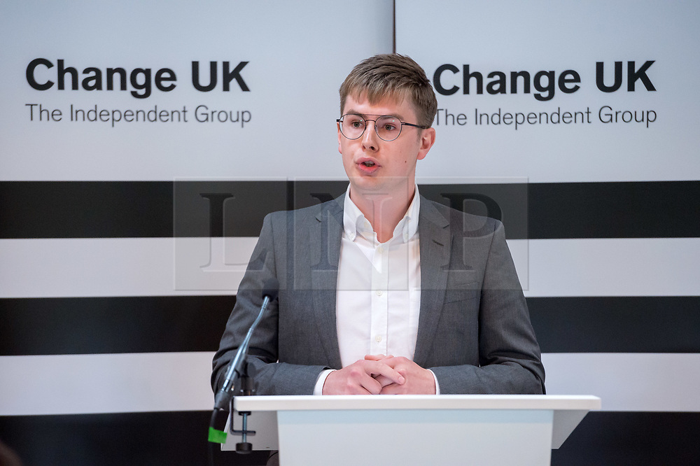 © Licensed to London News Pictures. 16/05/2019. Bath, Bath and North East Somerset, UK. OLLIE MIDDLETON, a Change UK MEP candidate for the south west of England at a Change UK - The Independent Group rally at Bath Cricket Club as part of campaigning in the elections for the European Parliament. Rachel Johnson is the lead Change UK candidate for south west England. Photo credit: Simon Chapman/LNP