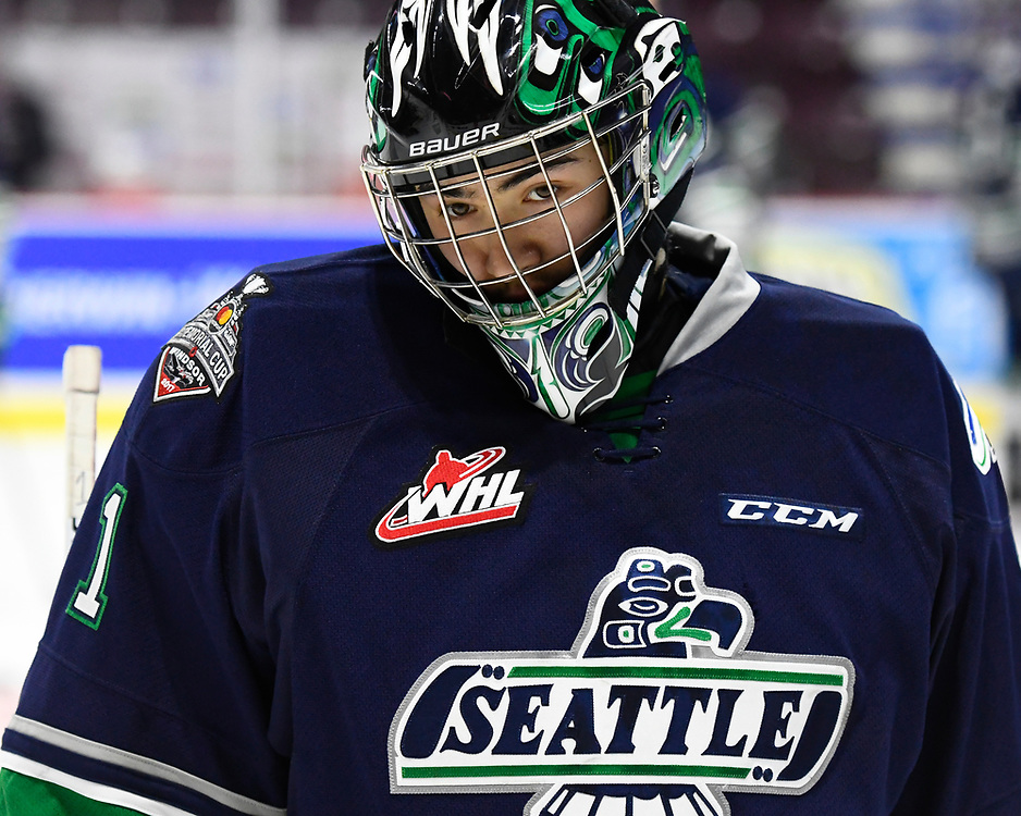 Carl Stankowski of the Seattle Thunderbirds in Game 2 of the 2017 MasterCard Memorial Cup against the Erie Otters on Saturday May 20, 2017 at the WFCU Centre in Windsor, ON. Photo by Aaron Bell/CHL Images