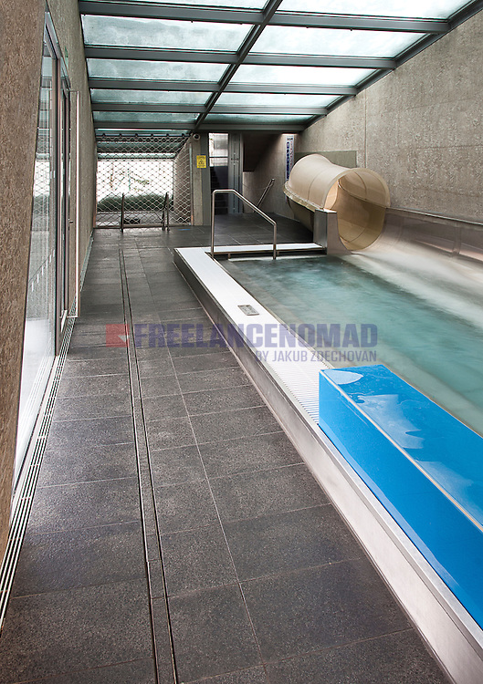 Polished and brushed Granite G684 black rain basalt swimming pool interior floor paving project