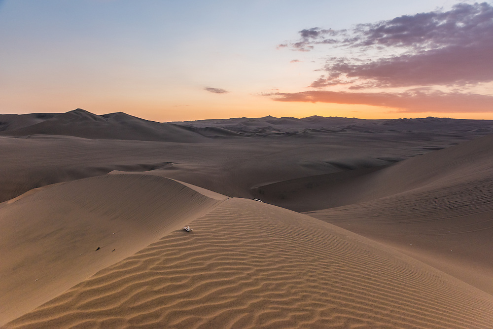 Sanddune at sunset near the village of Huacachina, Peru.