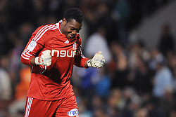 Marseille's goalkeeper Steve Mandanda during the First French soccer league, FC Girondins Bordeaux vs Olympique Marseille at the Chaban-Delmas stadium in Bordeaux, France on September 13, 2008. The match ended in a 1-1 draw. Photo by Steeve McMay/Cameleon/ABACAPRESS.COM