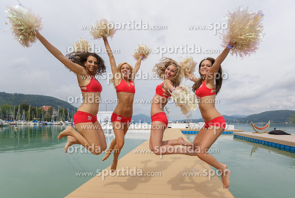 29.07.2014, Klagenfurt, Strandbad, AUT, A1 Beachvolleyball Grand Slam 2014, im Bild die Beachvolleyball Girls // during the A1 Beachvolleyball Grand Slam at the Strandbad Klagenfurt, Austria on 2014/07/29. EXPA Pictures © 2014, EXPA Pictures © 2014, PhotoCredit: EXPA/ Mag. Gert Steinthaler