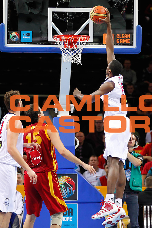 DESCRIZIONE : Kaunas Lithuania Lituania Eurobasket Men 2011 Semifinali Semi Final Round Spagna Macedonia Spain F.Y.R. of Macedonia<br /> GIOCATORE : Serge Ibaka<br /> SQUADRA : Spagna Spain<br /> EVENTO : Eurobasket Men 2011<br /> GARA : Spagna Macedonia Spain F.Y.R. of Macedonia<br /> DATA : 16/09/2011 <br /> CATEGORIA : tiro shot<br /> SPORT : Pallacanestro <br /> AUTORE : Agenzia Ciamillo-Castoria/ElioCastoria<br /> Galleria : Eurobasket Men 2011 <br /> Fotonotizia : Kaunas Lithuania Lituania Eurobasket Men 2011 Semifinali Semi Final Round Spagna Macedonia Spain F.Y.R. of Macedonia<br /> Predefinita :