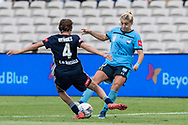 SYDNEY, AUSTRALIA - NOVEMBER 17: Melbourne Victory defender Emily Menges battles with Sydney FC striker Remy Siemsen during the round 1 W-League soccer match between Sydney FC Women and Melbourne Victory Women on November 17, 2019 at Netstrata Jubilee Stadium in Sydney, Australia. (Photo by Speed Media/Icon Sportswire)