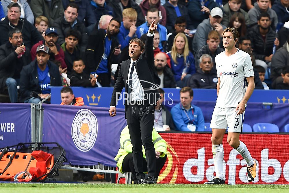 Chelsea manager Antonio Conte shouts to his players during the Premier League match between Leicester City and Chelsea at the King Power Stadium, Leicester, England on 9 September 2017. Photo by Jon Hobley.