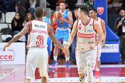 DESCRIZIONE : Milano Lega A 2014-15 Openjobmetis Varese- Vagoli Basket Cremona<br /> GIOCATORE : Rautins Andy Eric Maynor<br /> CATEGORIA : Esultanza mani<br /> SQUADRA : Openjobmetis Varese<br /> EVENTO : Campionato Lega A 2014-2015 GARA :Openjobmetis Varese - Vagoli Basket Cremona<br /> DATA : 22/03/2015 <br /> SPORT : Pallacanestro <br /> AUTORE : Agenzia Ciamillo-Castoria/IvanMancini<br /> Galleria : Lega Basket A 2014-2015 Fotonotizia : Varese Lega A 2014-15 Openjobmetis Varese - Vagoli Basket Cremona