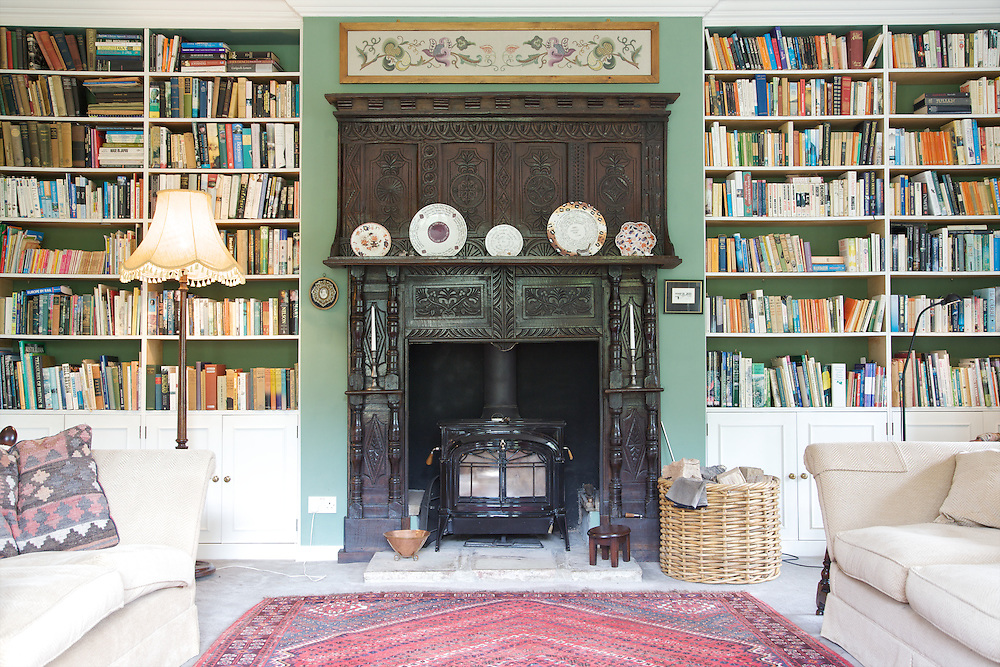 The library at Will Gissane's Herefordshire home<br /> CREDIT: Vanessa Berberian for The Wall Street Journal<br /> HOBBY-Gissane/UK