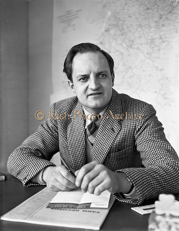 30/01/1961<br /> 01/30/1961<br /> 30 January 1961<br /> Mr. E.A. Attwood, Agricultural Instructor at the Agricultural Institute, in his office at 33 Merrion Road, Dublin.