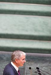 19.05.2016, Parlament, Wien, AUT, Parlament, Nationalratssitzung, Sitzung des Nationalrates mit erster Rede des neuen Bundeskanzlers, im Bild Bundesminister für Arbeit, Soziales und Konsumentenschutz Alois Stöger (SPÖ) // Austrian Minister of state for employment, social affairs and consumerism Alois Stoeger during meeting of the National Council of austria with a speech of the new chancellor at austrian parliament in Vienna, Austria on 2016/05/19, EXPA Pictures © 2016, PhotoCredit: EXPA/ Michael Gruber