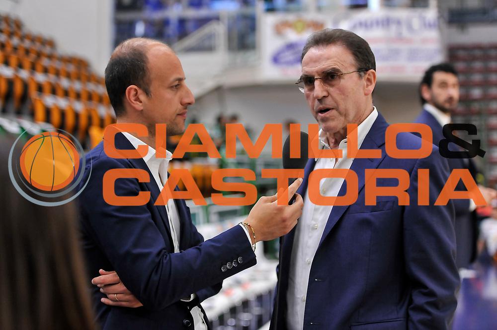 DESCRIZIONE : Campionato 2014/15 Dinamo Banco di Sardegna Sassari - Umana Reyer Venezia<br /> GIOCATORE : Carlo Recalcati Maurizio Fanelli<br /> CATEGORIA : Intervista Rai TV Allenatore Coach<br /> SQUADRA : Umana Reyer Venezia<br /> EVENTO : LegaBasket Serie A Beko 2014/2015<br /> GARA : Dinamo Banco di Sardegna Sassari - Umana Reyer Venezia<br /> DATA : 03/05/2015<br /> SPORT : Pallacanestro <br /> AUTORE : Agenzia Ciamillo-Castoria/L.Canu