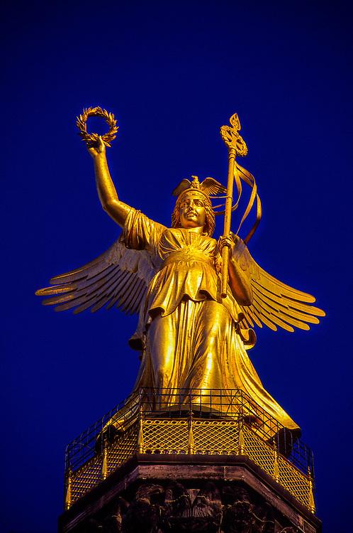Viktoria (Golden Victory) atop 69m high Victory Column, Siegessaule, Tiergarten, Berlin, Germany