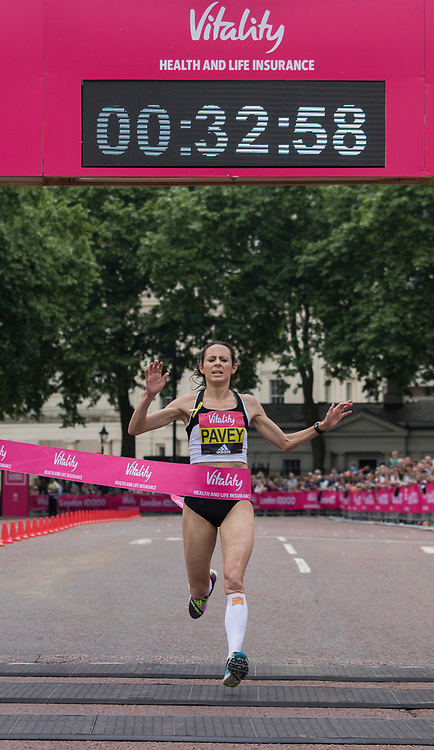 Jo Pavey of Exeter wins the British Championship Women's Race. The Vitality London 10,000, Monday 29th May 2017.<br /> <br /> Photo: Neil Turner for The Vitality London 10,000<br /> For further information: media@londonmarathonevents.co.uk