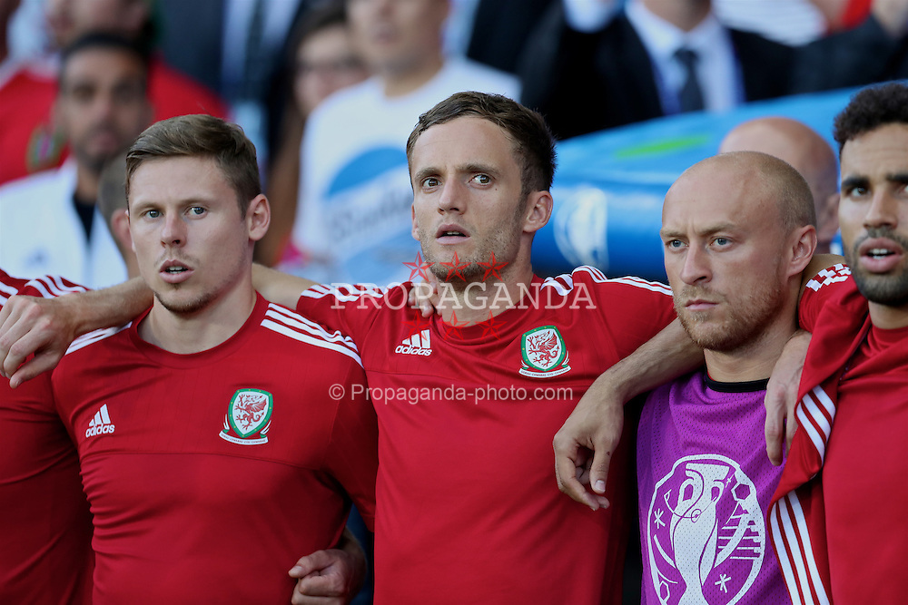 TOULOUSE, FRANCE - Monday, June 20, 2016: Wales' substitutes Simon Church, Andy King and David Cotterill sing the national anthem before the final Group B UEFA Euro 2016 Championship match against Russia at Stadium de Toulouse. (Pic by David Rawcliffe/Propaganda)