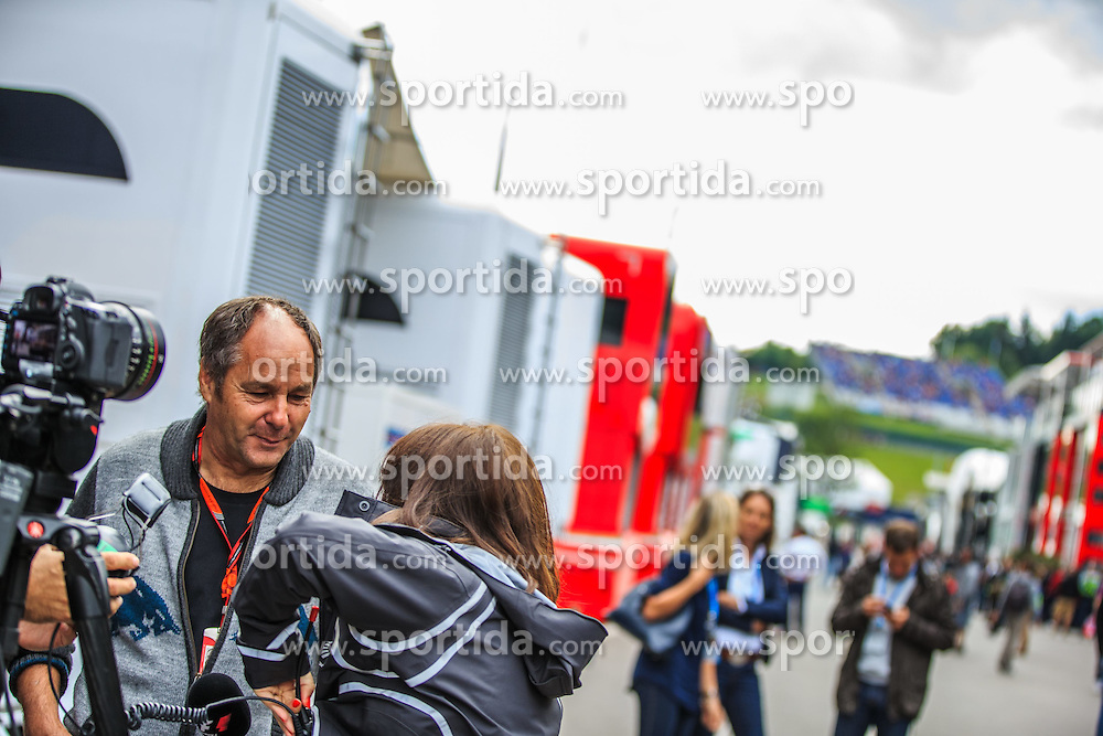 19.06.2015, Red Bull Ring, Spielberg, AUT, FIA, Formel 1, Grosser Preis von Österreich, Training, im Bild Gerhard Berger beim Interview // during the Practice of the Austrian Formula One Grand Prix at the Red Bull Ring in Spielberg, Austria, 2015/06/19, EXPA Pictures © 2015, PhotoCredit: EXPA/ Dominik Angerer