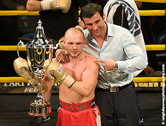 04.12.09 OLYMPIA LONDON, PRIZEFIGHTER LIGHT WELTERWEIGHTS 1, PRIZEFIGHTER/MATCHROOM