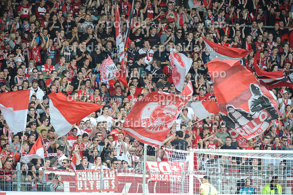 27.09.2015, Schwarzwald Stadion, Freiburg, GER, 2. FBL, SC Freiburg vs FSV Frankfurt, 9. Runde, im Bild Fans des SC Freiburg beim Feiern // during the 2nd German Bundesliga 9th round match between SC Freiburg and FSV Frankfurt at the Schwarzwald Stadion in Freiburg, Germany on 2015/09/27. EXPA Pictures &copy; 2015, PhotoCredit: EXPA/ Eibner-Pressefoto/ Laegler<br /> <br /> *****ATTENTION - OUT of GER*****