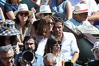 Nicolas BEDOS et son amie  - 06.06.2015 - Jour 14 - Finale Femmes - Roland Garros 2015<br />Photo : Nolwenn Le Gouic / Icon Sport