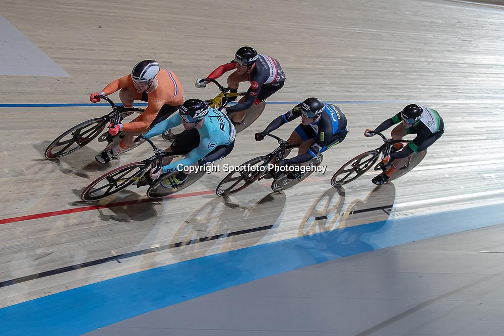 30-12-2018: Wielrennen: NK Baan: Apeldoorn<br />Roy van den Berg plaatst zich voor de halve finale keirin