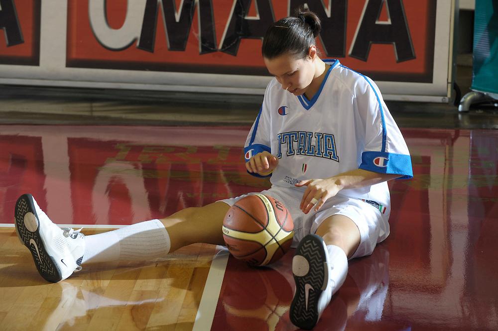 DESCRIZIONE : Venezia Additional Qualification Round Eurobasket Women 2009 Italia Croazia<br /> GIOCATORE : Giorgia Sottana<br /> SQUADRA : Nazionale Italia Donne<br /> EVENTO : Italia Croazia<br /> GARA :<br /> DATA : 10/01/2009<br /> CATEGORIA : Before<br /> SPORT : Pallacanestro<br /> AUTORE : Agenzia Ciamillo-Castoria/M.Gregolin