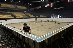 20131202 EM Svømning - Dag 1 - Bassin bygges