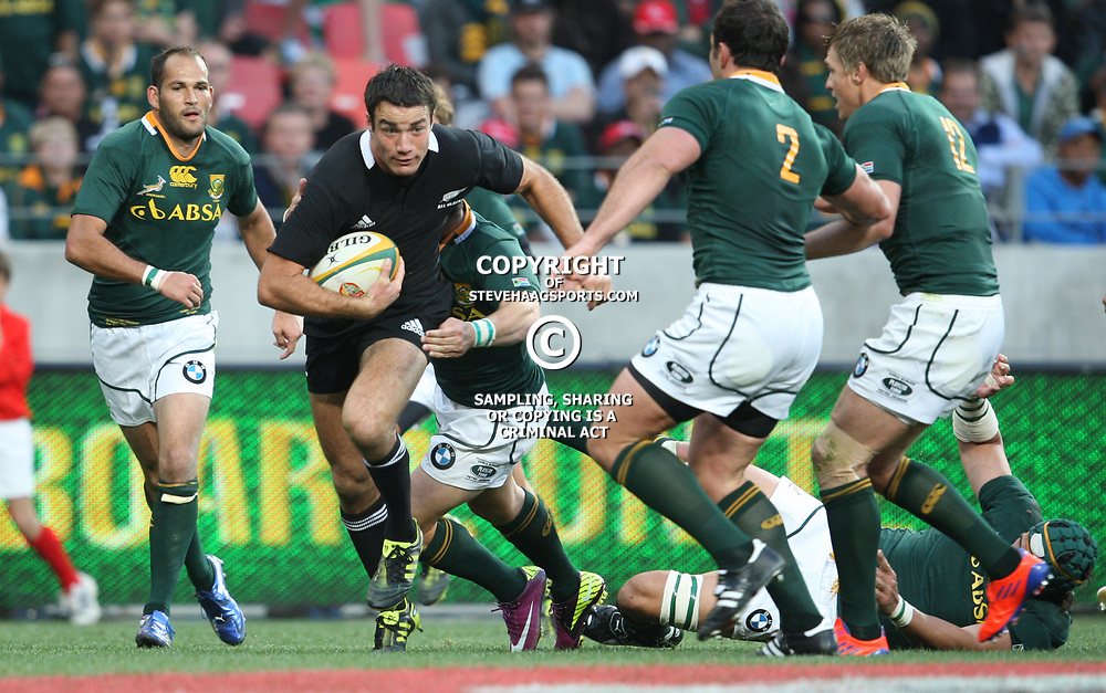 PORT ELIZABETH, SOUTH AFRICA - AUGUST 20, Richard Kahui on attack during the Castle Lager Tri Nations match between South Africa and New Zealand from Nelson Mandela Bay Stadium on August 20, 2011 in Port Elizabeth, South Africa<br /> Photo by Steve Haag / Gallo Images