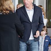 NLD/Amsterdam/20120604 - Vertrek Nederlands Elftal voor EK 2012, Bert van Marwijk