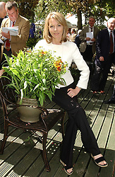 MARY NIGHTINGALE  at the 2005 RHS Chelsea Flower Show on 23rd May 2005<br /><br />NON EXCLUSIVE - WORLD RIGHTS
