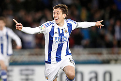 09.04.2016, Estadio de Anoeta, San Sebastian, ESP, Primera Division, Real Sociedad vs FC Barcelona, 32. Runde, im Bild Real Sociedad's Mikel Oiarzabal celebrates goal // during the Spanish Primera Division 32th round match between Real Sociedad and FC Barcelona at the Estadio de Anoeta in San Sebastian, Spain on 2016/04/09. EXPA Pictures © 2016, PhotoCredit: EXPA/ Alterphotos/ Acero<br /> <br /> *****ATTENTION - OUT of ESP, SUI*****