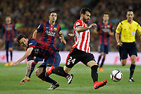 Barcelona´s Leo Messi (L) and Athletic de Bilbao´s Mikel Balenziaga during 2014-15 Copa del Rey final match between Barcelona and Athletic de Bilbao at Camp Nou stadium in Barcelona, Spain. May 30, 2015. (ALTERPHOTOS/Victor Blanco)