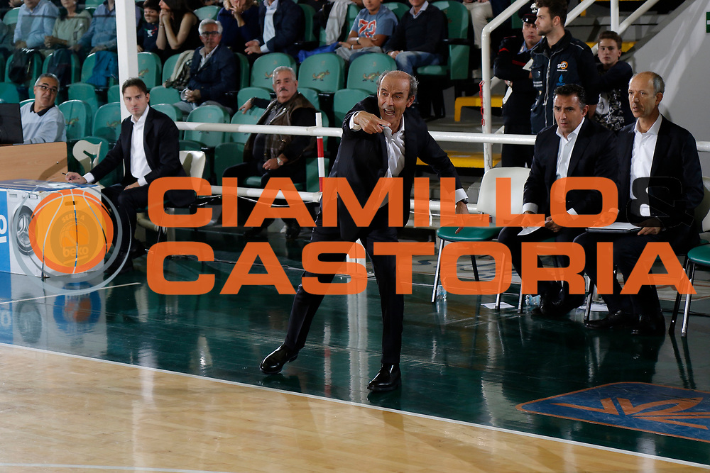 DESCRIZIONE : Avellino Lega A 2015-16 Sidigas Avellino Consultinvest Pesaro<br /> GIOCATORE : Giovanni Paolini<br /> CATEGORIA : ritratto schema <br /> SQUADRA : Consultinvest Pesaro<br /> EVENTO : Campionato Lega A 2015-2016 <br /> GARA : Sidigas Avellino Consultinvest Pesaro<br /> DATA : 04/10/2015<br /> SPORT : Pallacanestro <br /> AUTORE : Agenzia Ciamillo-Castoria/A. De Lise <br /> Galleria : Lega Basket A 2015-2016 <br /> Fotonotizia : Avellino Lega A 2015-16 Sidigas Avellino Consultinvest Pesaro