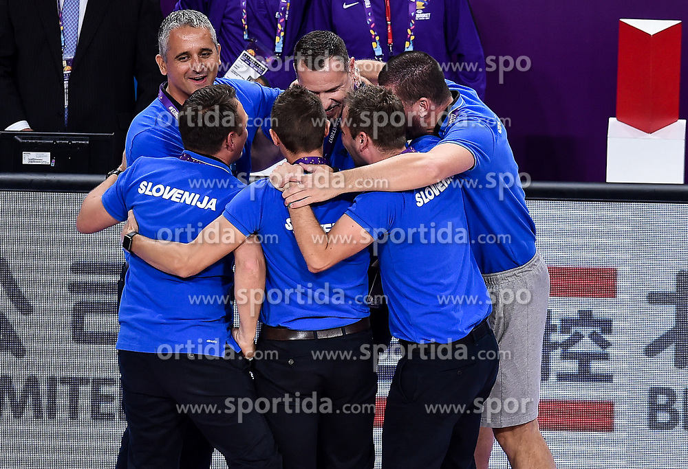 Igor Kokoskov, coach of Slovenia, Rado Trifunovic, assistant coach of Slovenia, Aleksander Sekulic, assistant coach of Slovenia, Jaka Lakovic, assistant coach of Slovenia, Tomaz Ursic, Martin Klesnik celebrate after winning during basketball match between National Teams of Slovenia and Latvia at Day 13 in Round of 16 of the FIBA EuroBasket 2017 at Sinan Erdem Dome in Istanbul, Turkey on September 12, 2017. Photo by Vid Ponikvar / Sportida