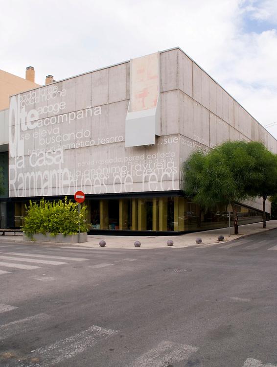 "Biblioteca ""Miguel Delibes"". San Vicente del Raspeig. Grupo Aranea Francisco Leiva Architect"