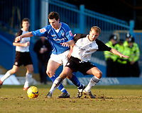 Photo: Leigh Quinnell.<br /> Chesterfield v Southend United. Coca Cola League 1. 18/02/2006. Southends Luke Guttridge(L) battles with Chesterfields Aaron Downes.