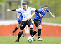 Fotball<br /> Norge<br /> 04.05.2011<br /> Foto: Morten Olsen, Digitalsport<br /> <br /> Trening Norge A kvinner<br /> Nadderud Stadion<br /> Internkamp - Norge Blå mot Norge Hvit<br /> <br /> Lene Storløkken (W)<br /> Lisa-Marie Woods (B)