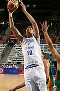 DESCRIZIONE : Madrid Spagna Spain Eurobasket Men 2007 Qualifying Round Italia Lituania Italy Lithuania<br /> GIOCATORE : Andrea Bargnani <br /> SQUADRA : Italia Italy<br /> EVENTO : Eurobasket Men 2007 Campionati Europei Uomini 2007<br /> GARA : Italia Italy Lituania Lithuania<br /> DATA : 08/09/2007<br /> CATEGORIA : Tiro<br /> SPORT : Pallacanestro<br /> AUTORE : Ciamillo&amp;Castoria/E.Castoria