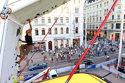 31.07.2015, Mariahilfer Straße, Wien, AUT, ISFC, Free Solo Masters MAHÜ, Vorqualifikation, im Bild Rene Neuwirth // during the prequalification of the ISFC Free Solo Masters MAHÜ at the Mariahilfer Straße in Vienna, Austria on 2015/07/31. EXPA Pictures © 2015, PhotoCredit: EXPA/ Sebastian Pucher