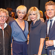 NLD/Amsterdam/20150919 - Modeshow Mart Visser - The Confidence, Jan des Bouvrie, Monique des Bouvrie, Tooske Ragas, Bastiaan Ragas