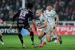 Ben Moon of Exeter Chiefs is marked by Franco Mostert of Gloucester Rugby - Mandatory by-line: Ryan Hiscott/JMP - 14/02/2020 - RUGBY - Kingsholm - Gloucester, England - Gloucester Rugby v Exeter Chiefs - Gallagher Premiership