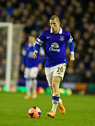 LIVERPOOL, ENGLAND - Saturday, January 4, 2014: Everton's Ross Barkley in action against Queens Park Rangers during the FA Cup 3rd Round match at Goodison Park. (Pic by David Rawcliffe/Propaganda)