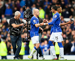Everton's Steven Naismith shakes hands with Ramiro Funes Mori - Mandatory byline: Matt McNulty/JMP - 07966386802 - 12/09/2015 - FOOTBALL - Goodison Park -Everton,England - Everton v Chelsea - Barclays Premier League