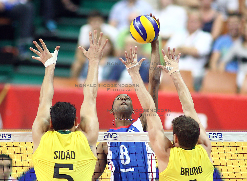 07.09.2014, Spodek, Katowice, POL, FIVB WM, Brasilien vs Kuba, Gruppe B, im Bild Rolando Cepeda Abreu // during the FIVB Volleyball Men's World Championships Pool B Match beween Brazil vs Cuba at the Spodek in Katowice, Poland on 2014/09/07. <br /> <br /> ***NETHERLANDS ONLY***
