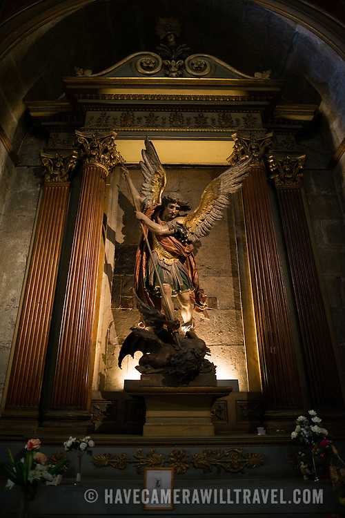 Statue in the Metropolitan Cathedral of Santiago (Catedral Metropolitana de Santiago) in the heart of Santiago, Chile, facing Plaza de Armas. The original cathedral was constructed during the period 1748 to 1800 (with subsequent alterations) of a neoclassical design.