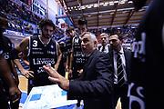 DESCRIZIONE : Brindisi  Lega A 2015-16<br /> Enel Brindisi Obiettivo Lavoro Virtus Bologna<br /> GIOCATORE : Giorgio Valli<br /> CATEGORIA : Allenatore Coach Time Out Mani Before Pregame<br /> SQUADRA : Obiettivo Lavoro Virtus Bologna<br /> EVENTO : Campionato Lega A 2015-2016<br /> GARA :Enel Brindisi Obiettivo Lavoro Virtus Bologna<br /> DATA : 11/10/2015<br /> SPORT : Pallacanestro<br /> AUTORE : Agenzia Ciamillo-Castoria/M.Longo<br /> Galleria : Lega Basket A 2014-2015<br /> Fotonotizia : Brindisi  Lega A 2015-16 Enel Brindisi Obiettivo Lavoro Virtus Bologna<br /> Predefinita :