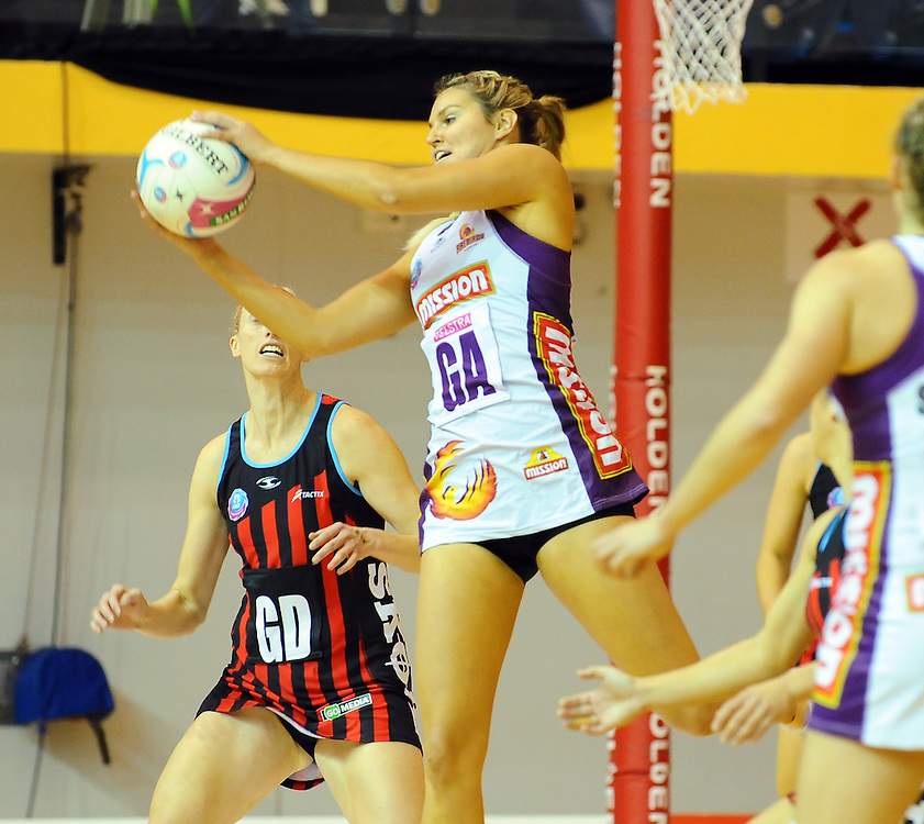Firebirds Gretel Tippett against the Tactix in the ANZ Netball Championship, Marlborough Lines Stadium, Blenheim, New Zealand, Sunday, May 24, 2015. Credit:SNPA / Ricky Wilson